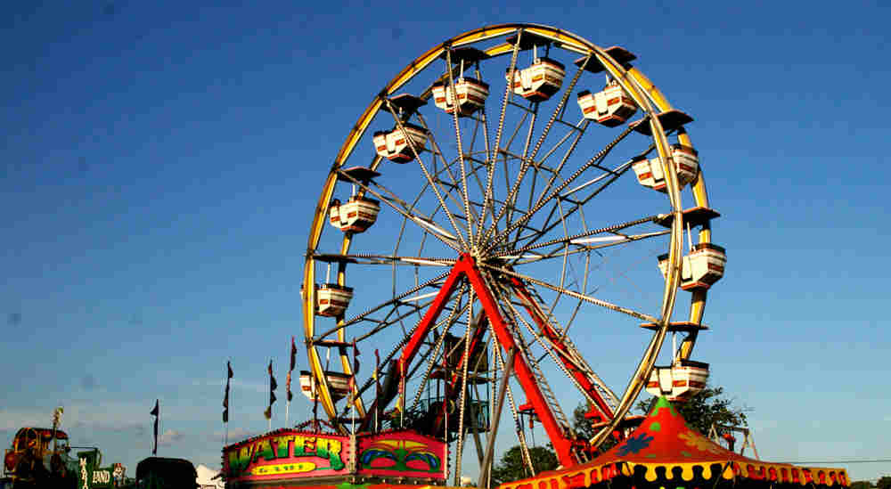 Summerfest Wheels into Sayville