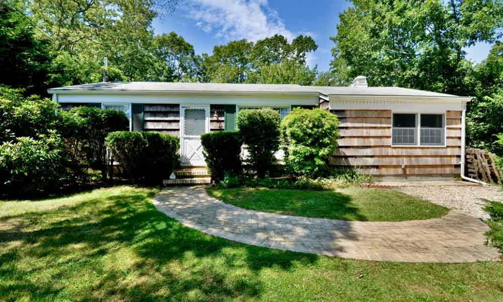 5 Affordable Homes for Sale in East Hampton