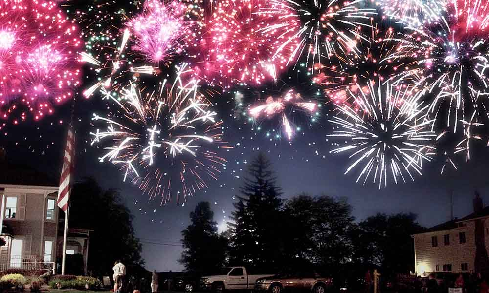 3 Awesome East End Fireworks Shows for the 4th of July
