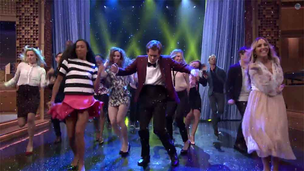 Kevin Bacon's Tonight Show Footloose Entrance
