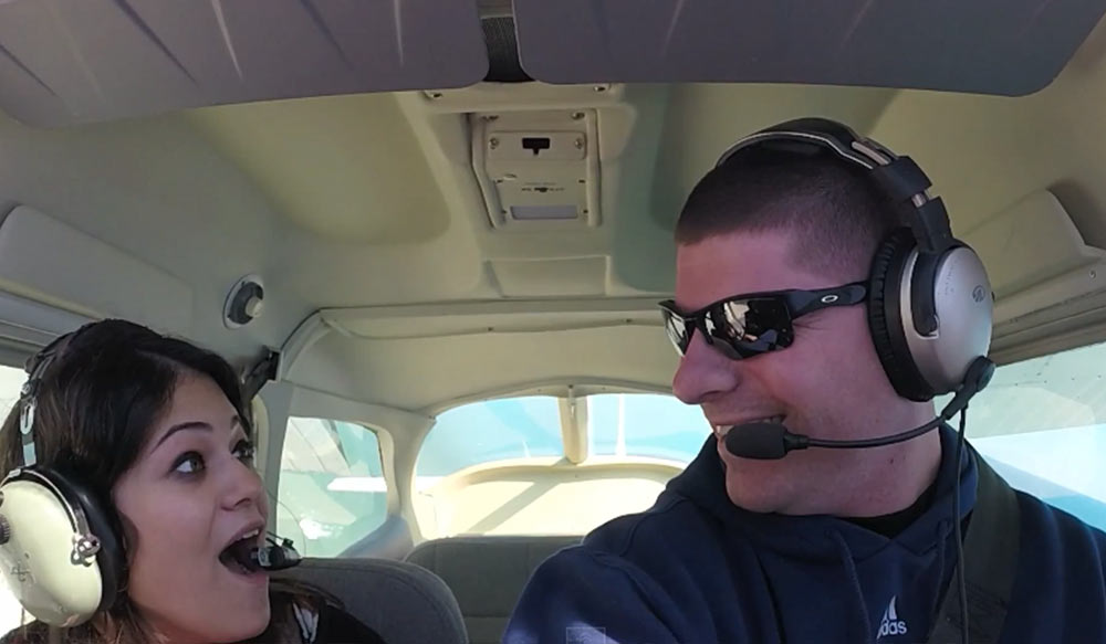 Sky-High Proposal - Pilot Proposes to Girlfriend In-Flight