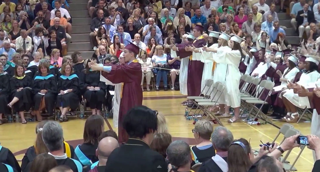 Portsmouth High Graduating Class Shakes It Off in Flash Mob
